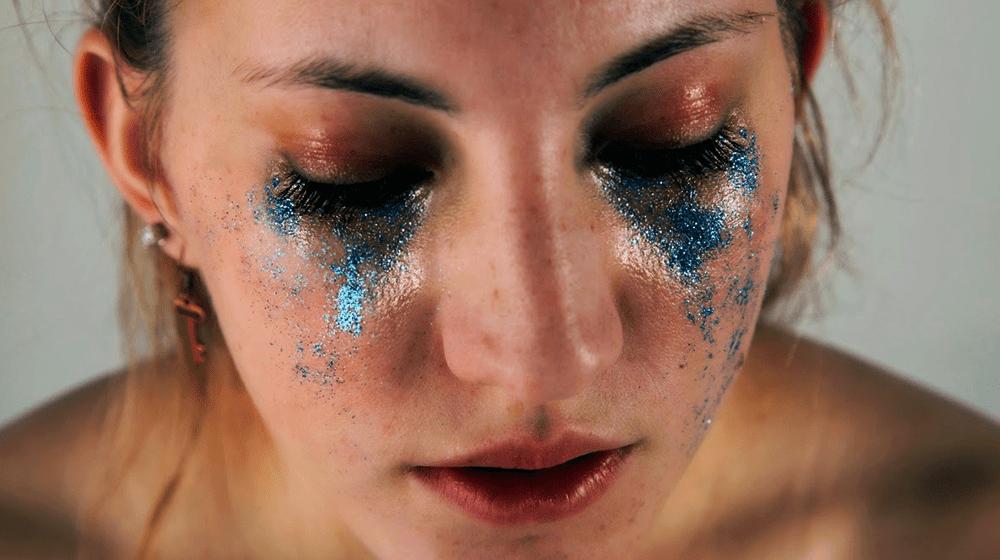 hannah-altman-on-glitter