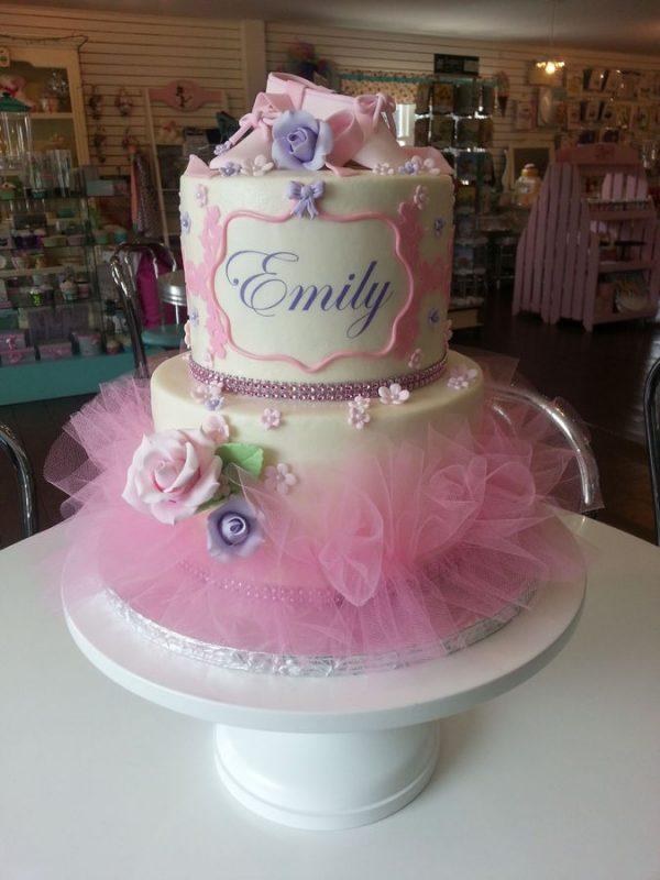 Birthday Cakes for the Birthday Girl  Design Dazzle