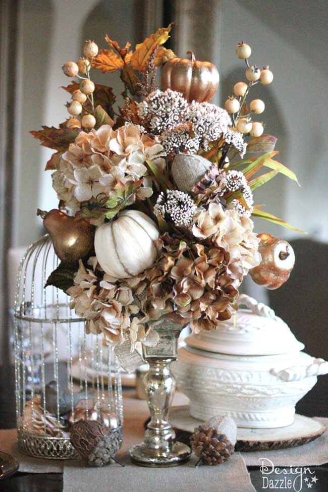 fall tablescape centerpiece