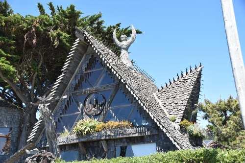 Interesting House on Coastal Walkway, Half Moon Bay, CA