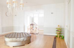 design-dimensions-hi-interior-white