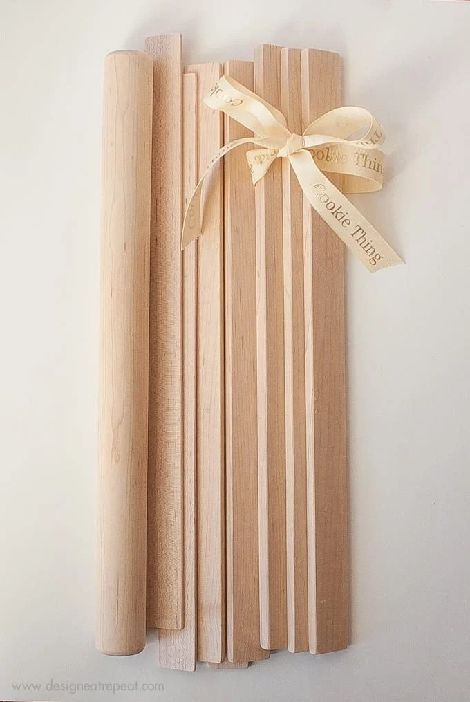 Great gift idea for bakers! Roll cookies or pie crusts the perfect thickness using this nifty tool…The Cookie Thing!