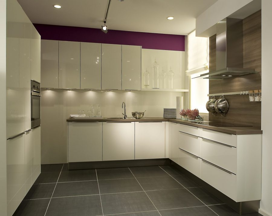Small Kitchen Guide How To Maximise The Small Space Available