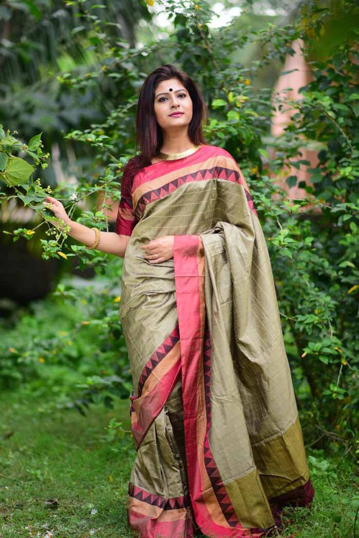Fantastic Banglori Raw Silk Saree