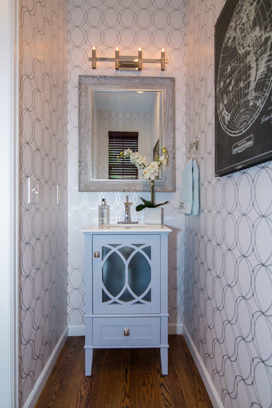Julee, powder bathroom with circle wall paper