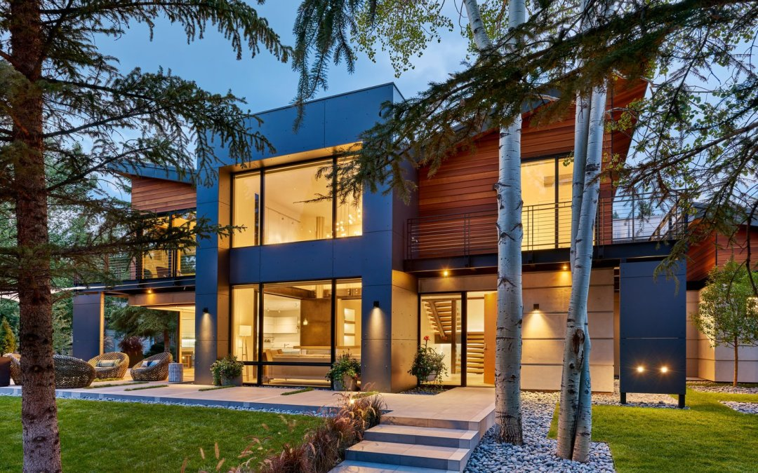 The Butterfly House: Aspen Home with Light and Graceful Character