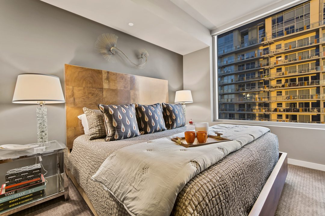 austin condo bedroom, lenore