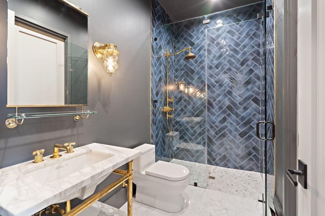 Lenore, lake austin, design a spec home. contemporary home ,bath