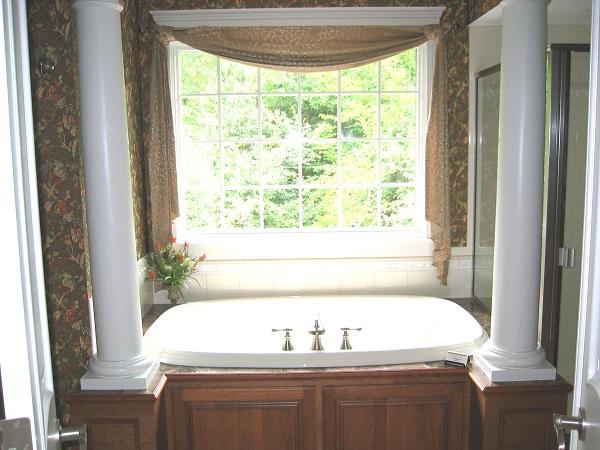 Primrose master bath tub