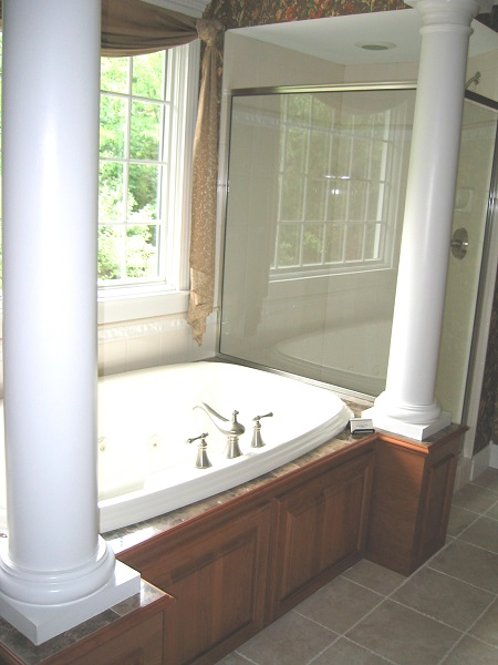Primrose master bath tub & shower