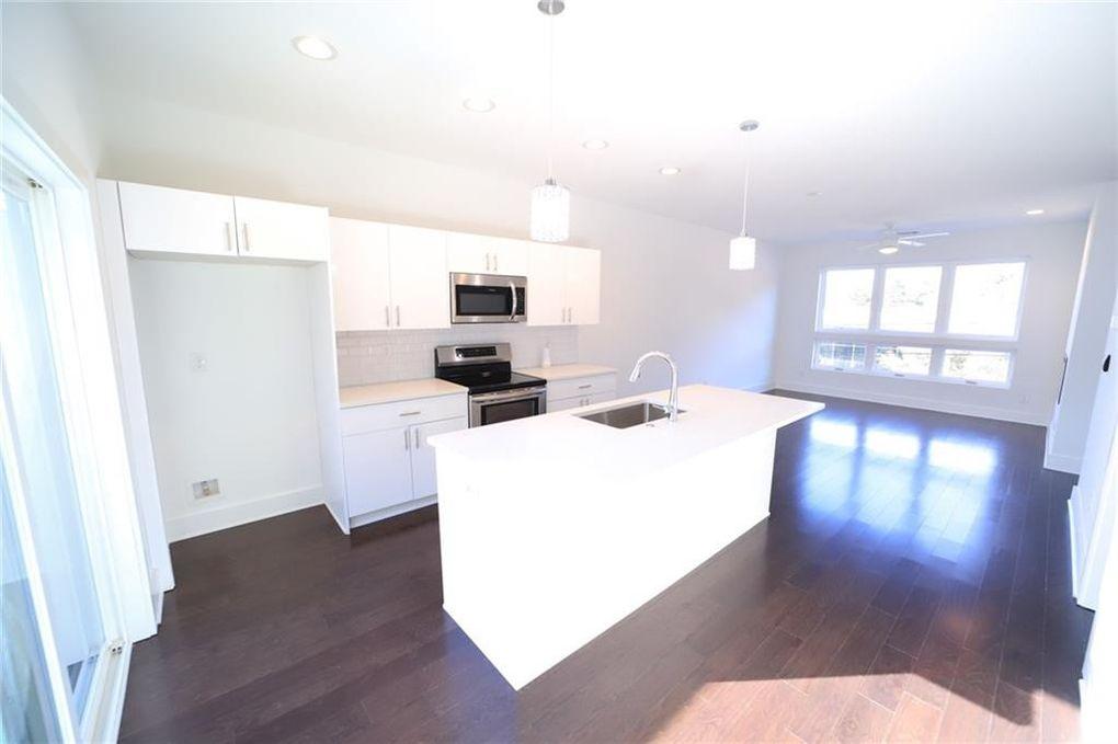Permelia kitchen