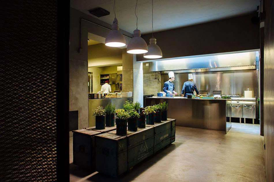 La Mnagre  un restaurant  magasin  la dco industrielle et concept original  Design Feria