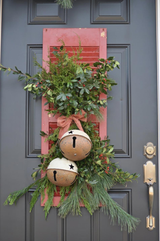 decoration de noel originale pour la porte d entree
