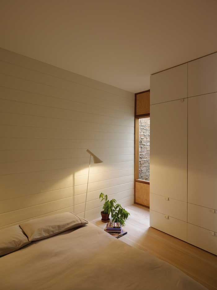 panov-scott-minimlaist-interior-bedroom