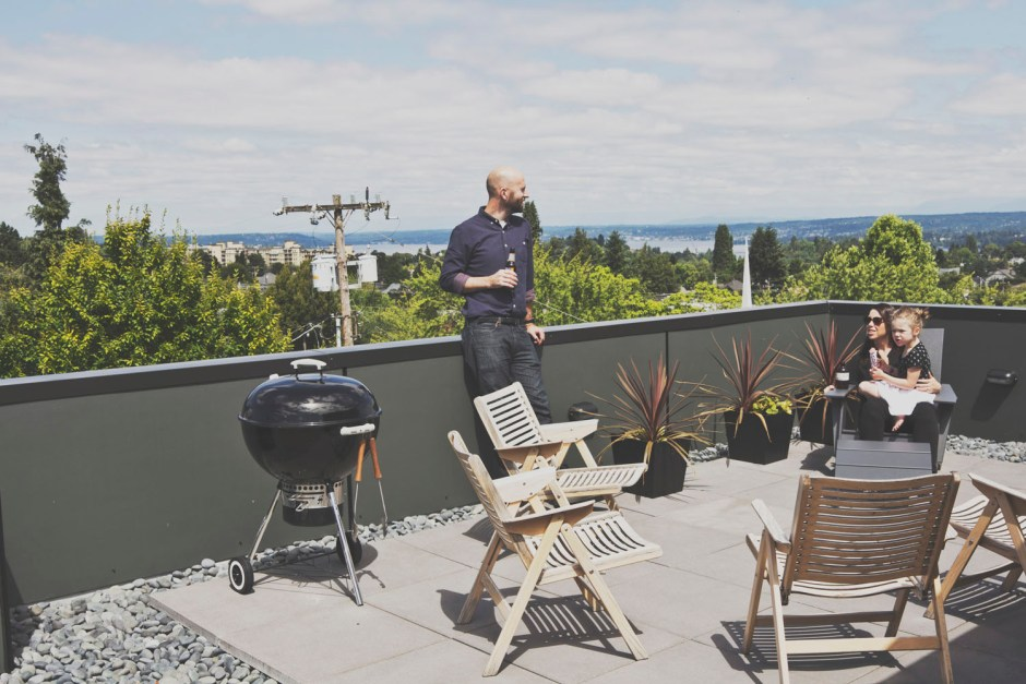 Townhouse rooftop BBQ area