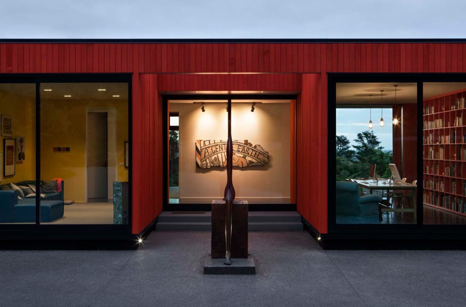 Pattersons modern house main entrance with sculpture
