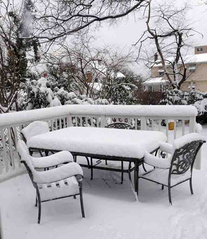 The long winter of 2014, or my deck dining room waiting for spring