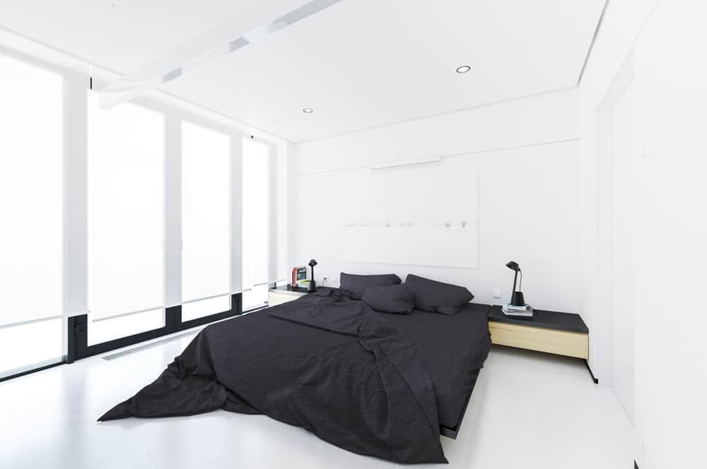 Apartment By Andrzej Chomski Design Ideas