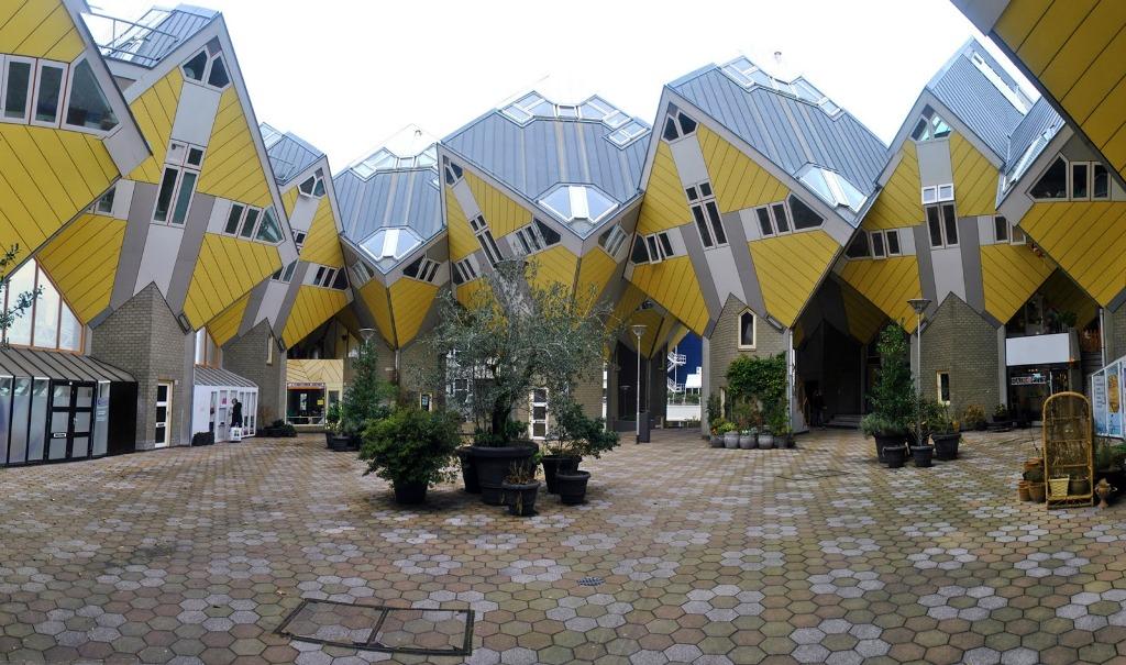 Falling Down A Portal Wallpaper Bolwoningen S Hertogenbosch Netherlands Designed By