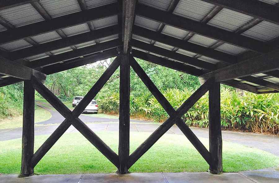 the carport covering the driveway to the Liljestrand House in Honolulu