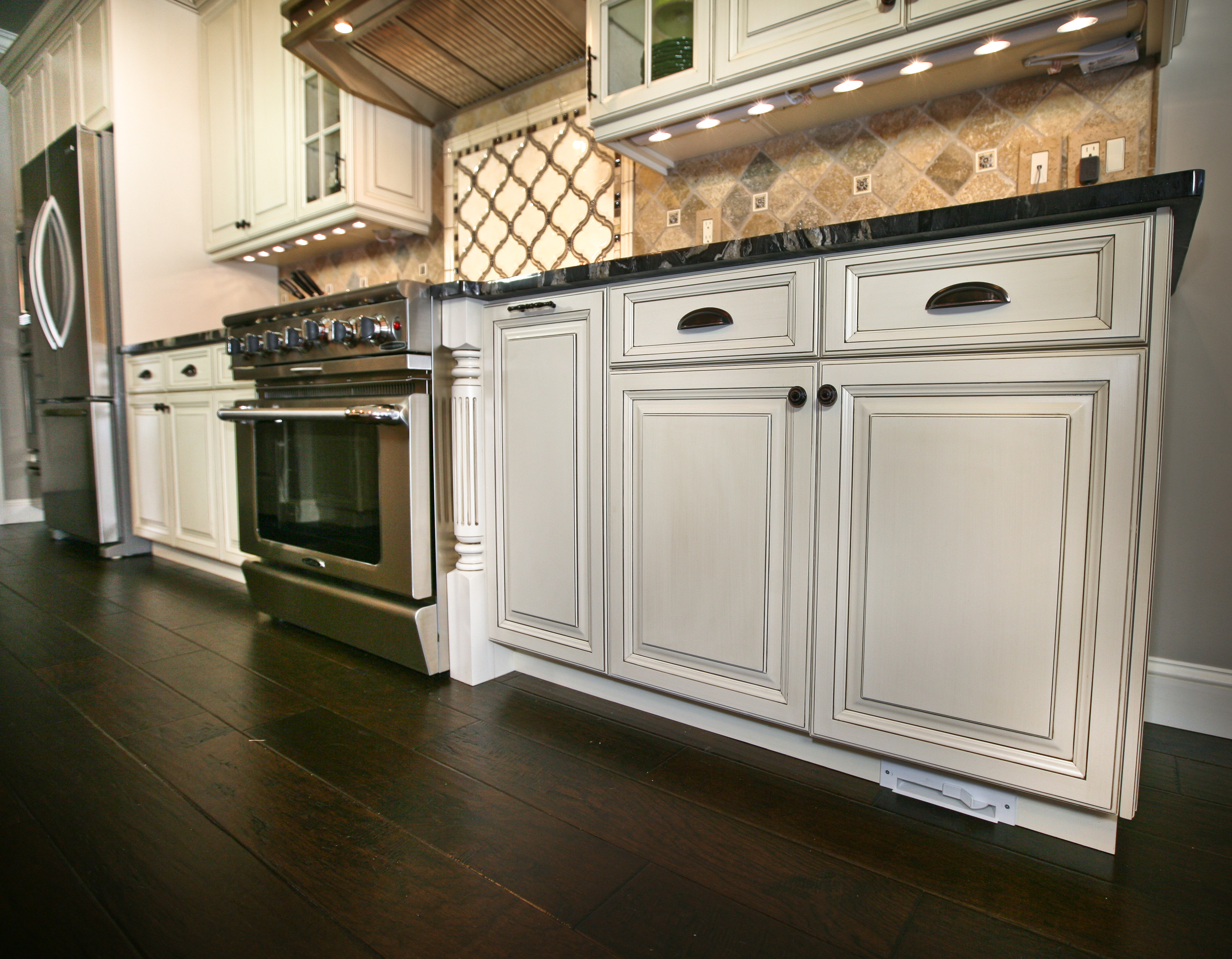 top rated kitchen cabinets engineered wood flooring farmingdale new jersey by design line