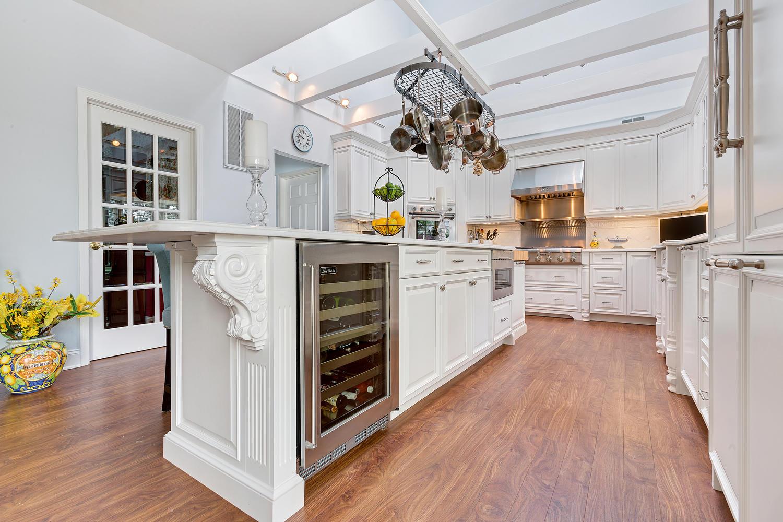 undercounter kitchen sink aid toasters luxury white avon nj by design line kitchens
