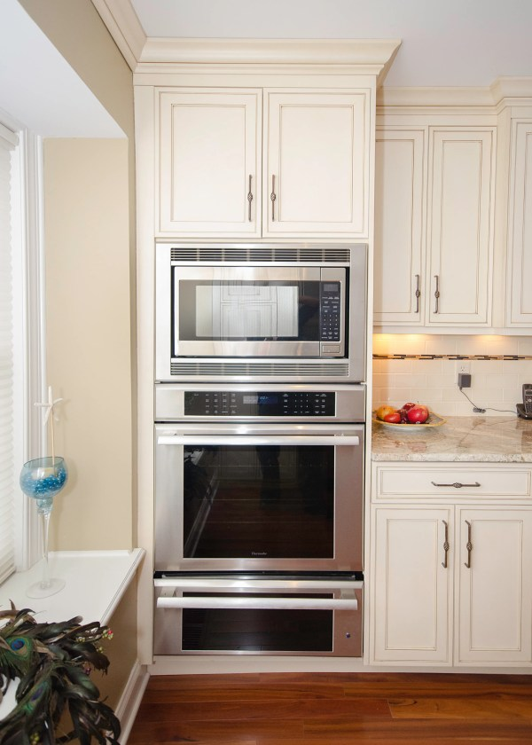Kitchen Design with Double Wall Oven