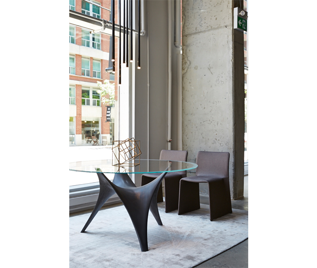 Molteni  C Toronto  Italian Made Furniture and Accessorices