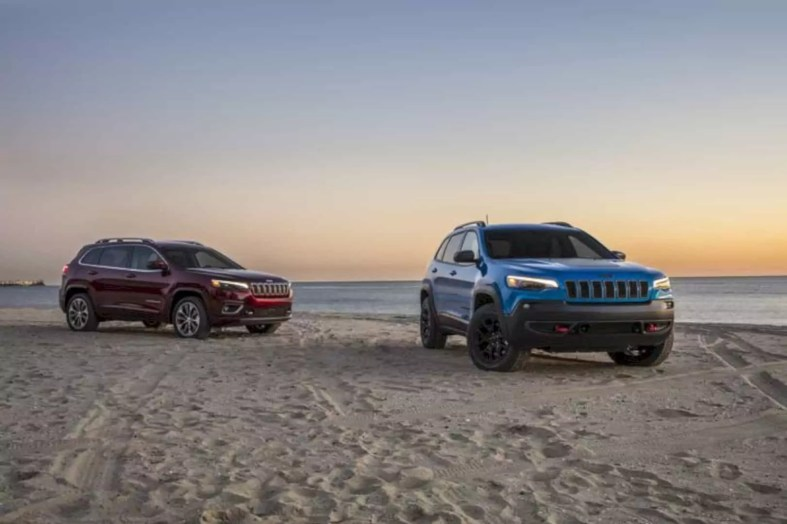 2019 New Jeep Cherokee 2