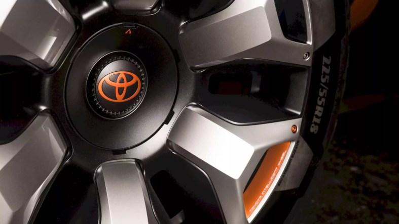 Toyota FT 4X Concept 5