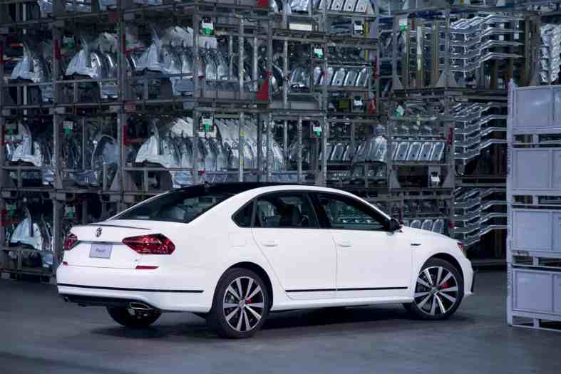 The New 2018 Volkswagen Passat Gt 1