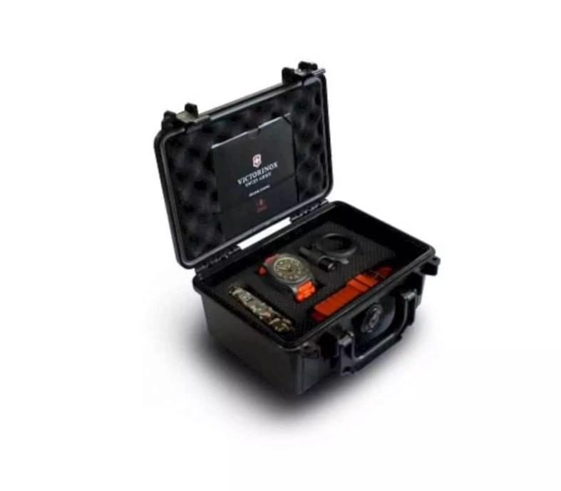 Victorinox I N O X Carbon Limited Edition 1