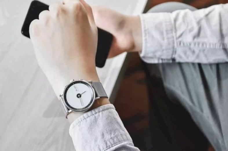 Gligo E Ink Smartwatch 8