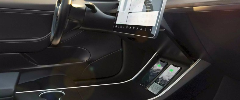 Nomad Tesla Model 3 Wireless Phone Charger 7