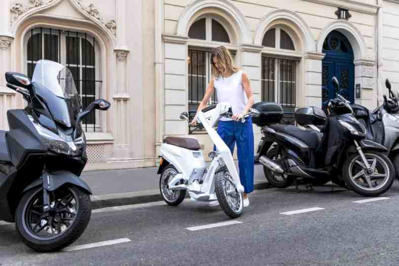 Ujet E Scooter 8
