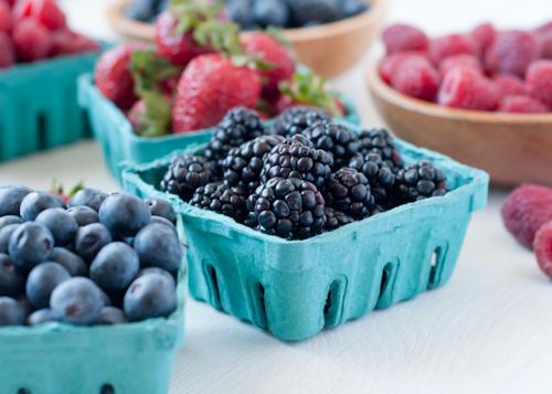Как правильно заморозить фрукты и овощи.