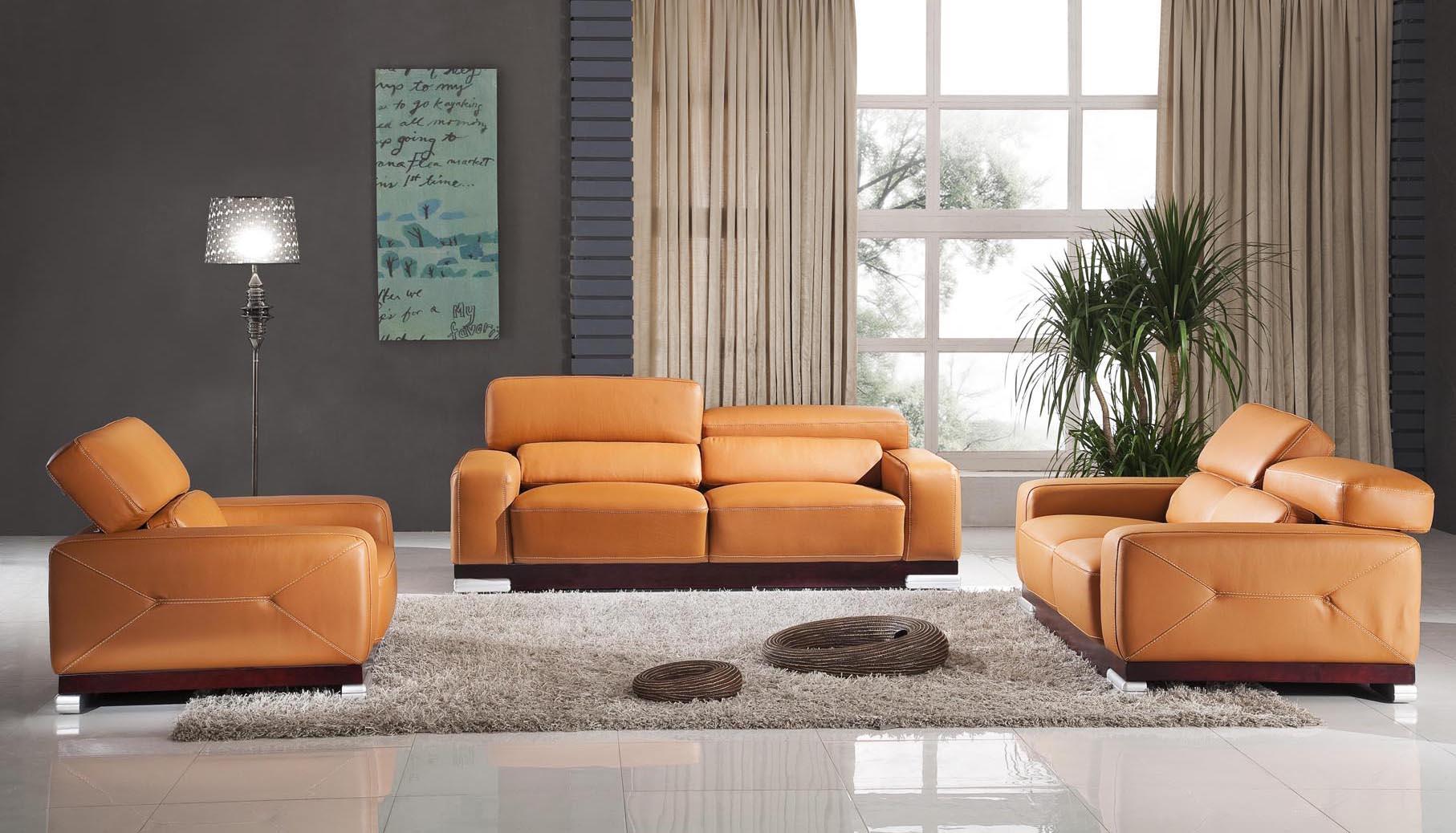 inexpensivelivingroomchairstReF  Design On Vine