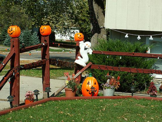 Outdoor Halloween Ideas