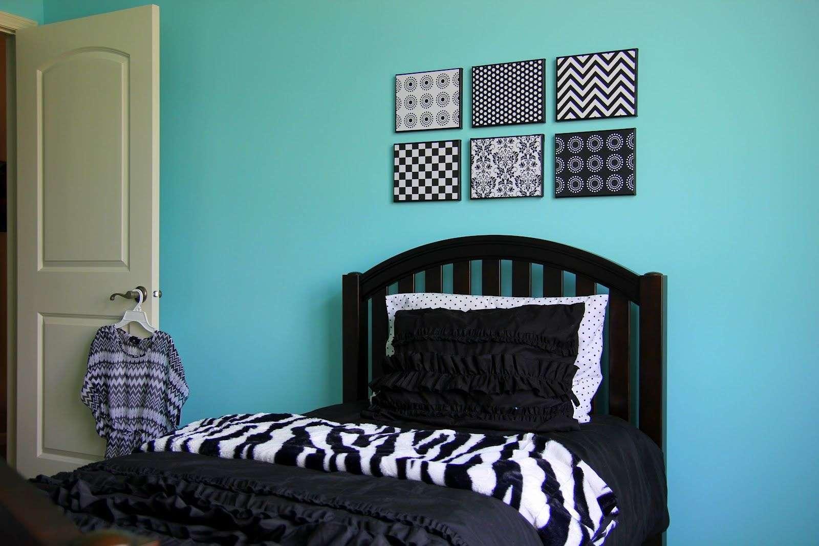 bedroom decorating ideas using black