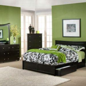 bedroom decorating ideas using green wall