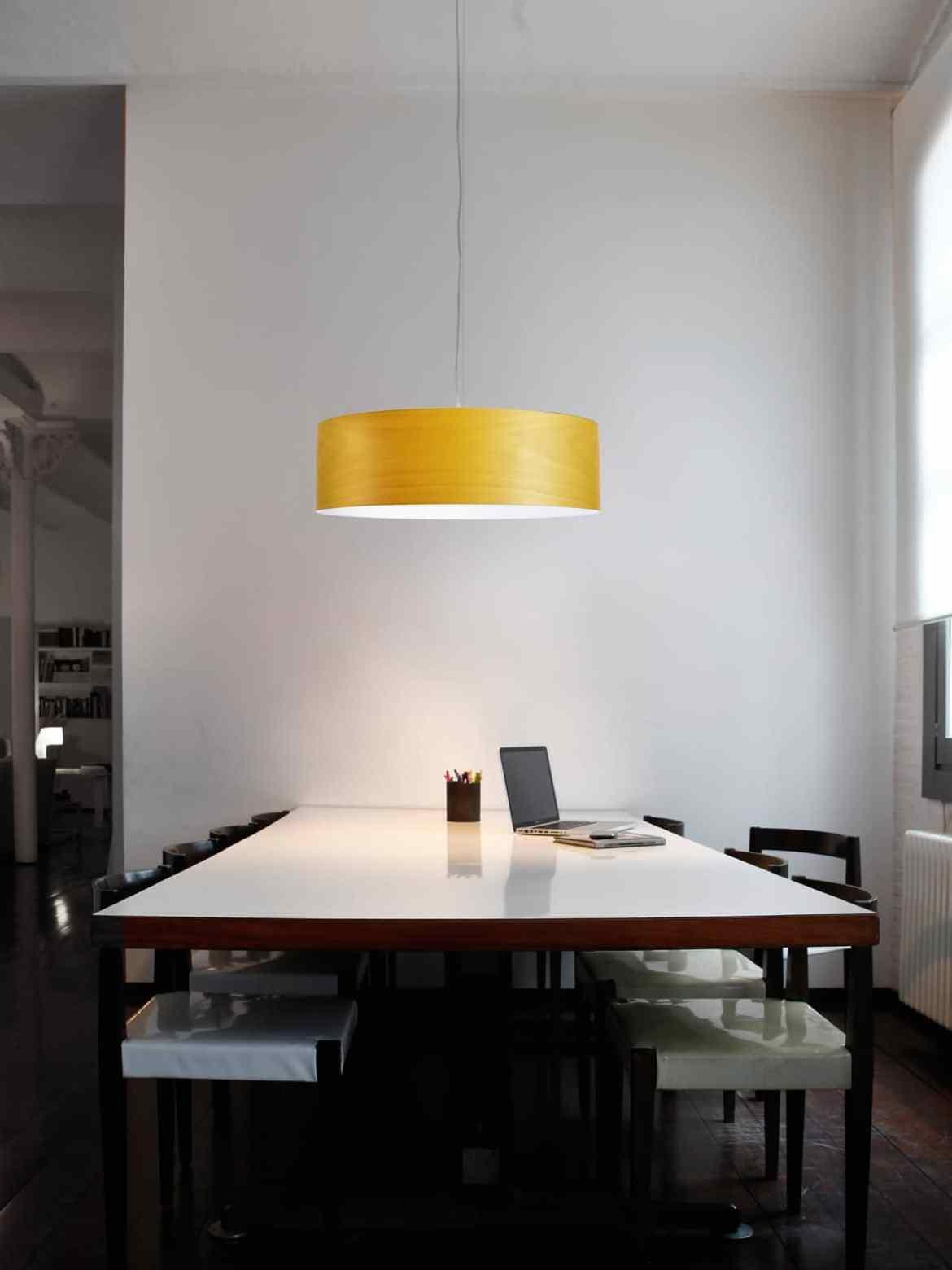 DesignOrt Blog: Faszination Farbe: Holzfurnier von LZF Lamps Pendelleuchte Super Gea LZF Gelb 24