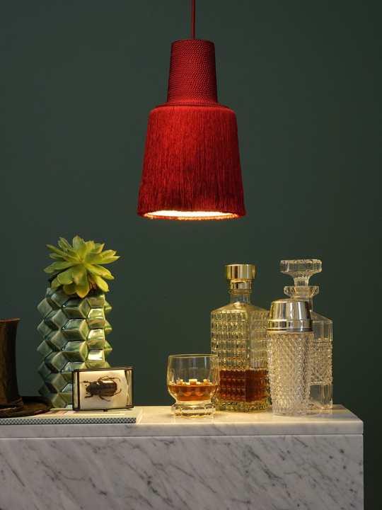 DesignOrt Blog ausgefallene Designerlampen Haengelampe aus Textilfäden Pascha fraumaier