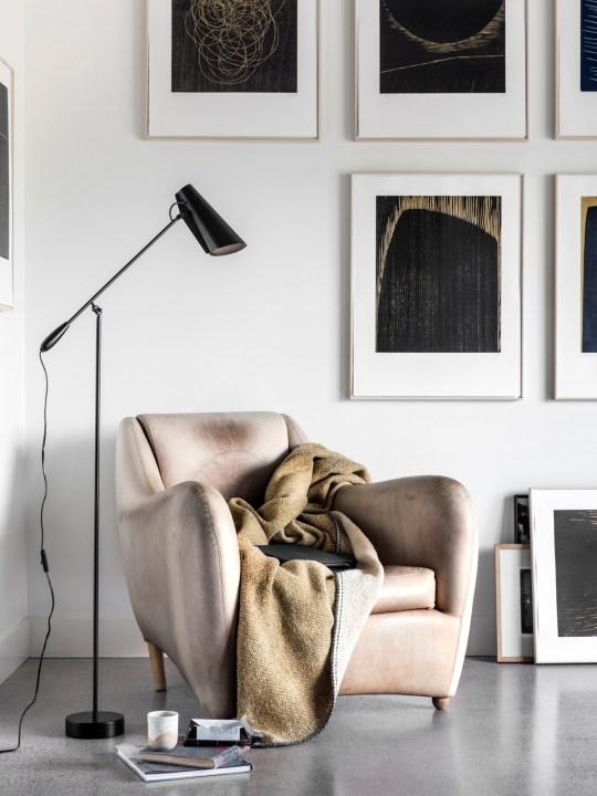 DesignOrt Blog: Platzsparende Stehleuchten Stehlampe Birdy Floor ganz schwarz