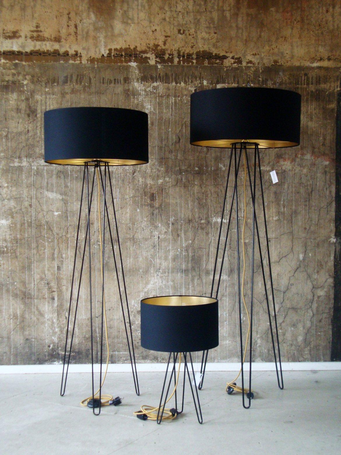 designerleuchten mit goldenen innenseiten lampen leuchten designerleuchten online berlin design. Black Bedroom Furniture Sets. Home Design Ideas