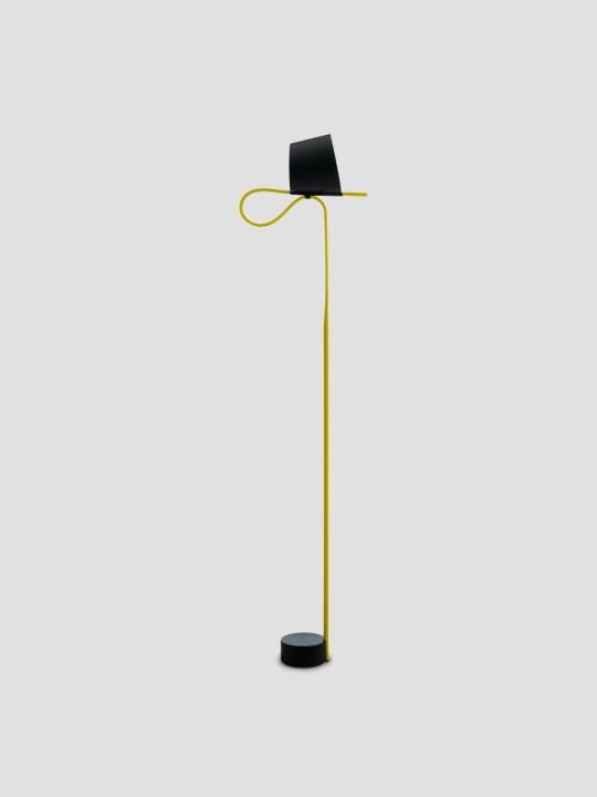 Rope Trick gelb Kopf gedreht