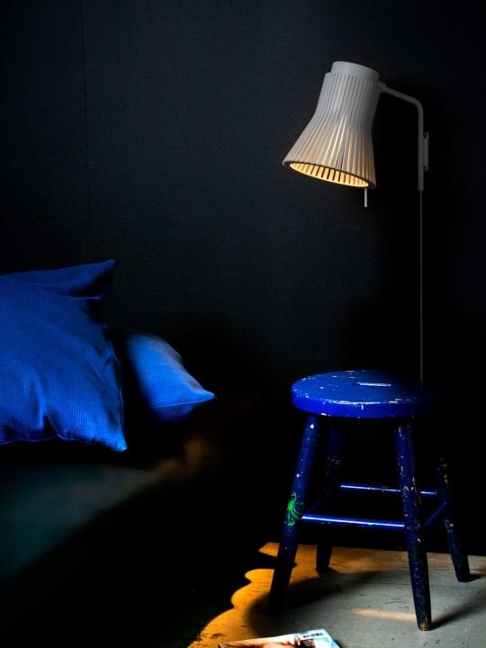 SECTO PETITE als Schlafzimmer Leuchte