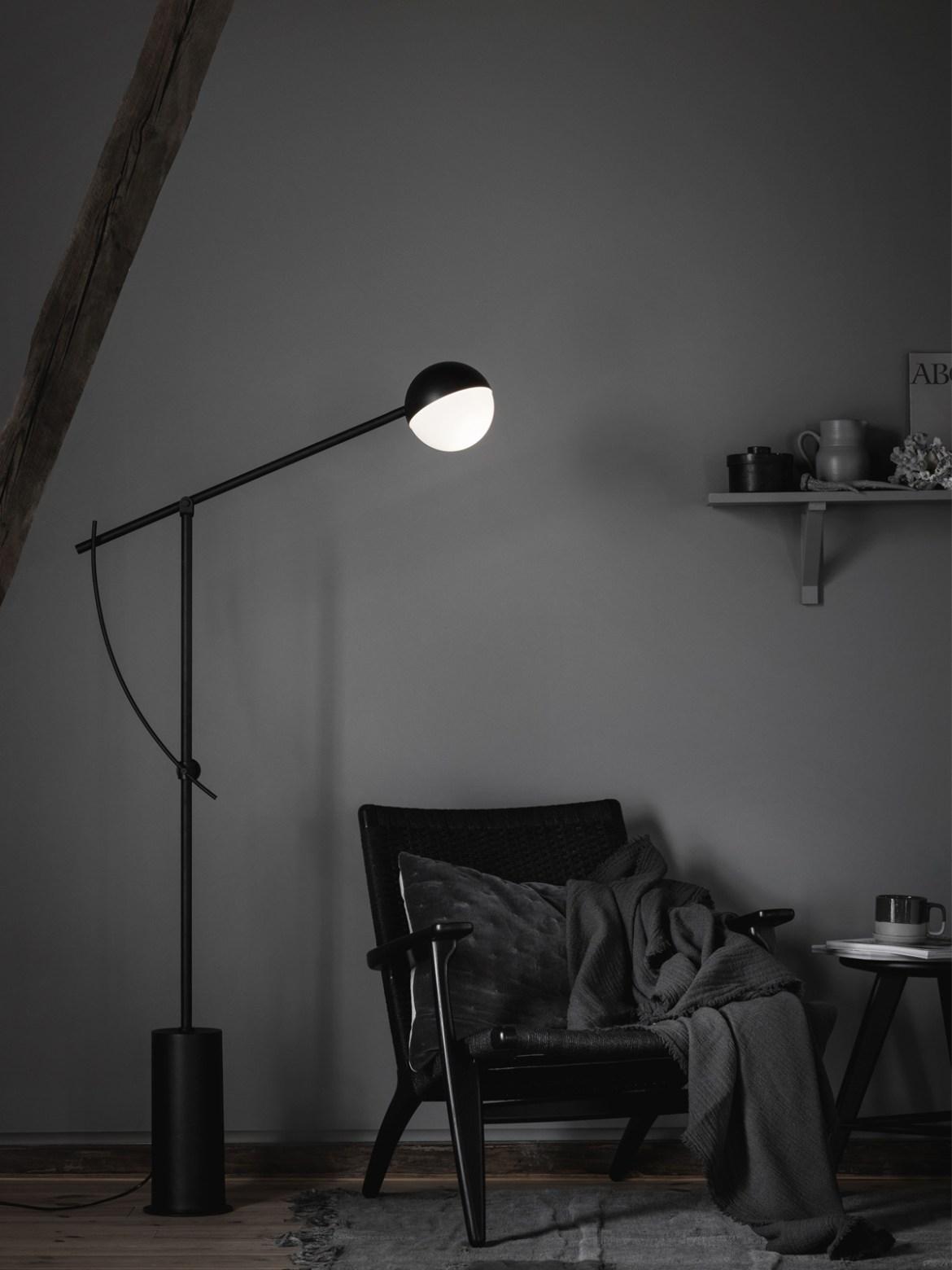 DesignOrt Blog: Grafische Designerleuchten Balancer Stehlampe