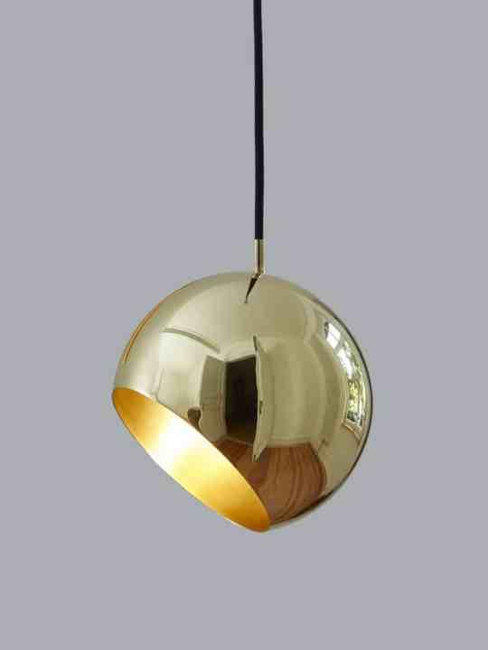 Pendelleuchte Tilt Globe Brass NYTA
