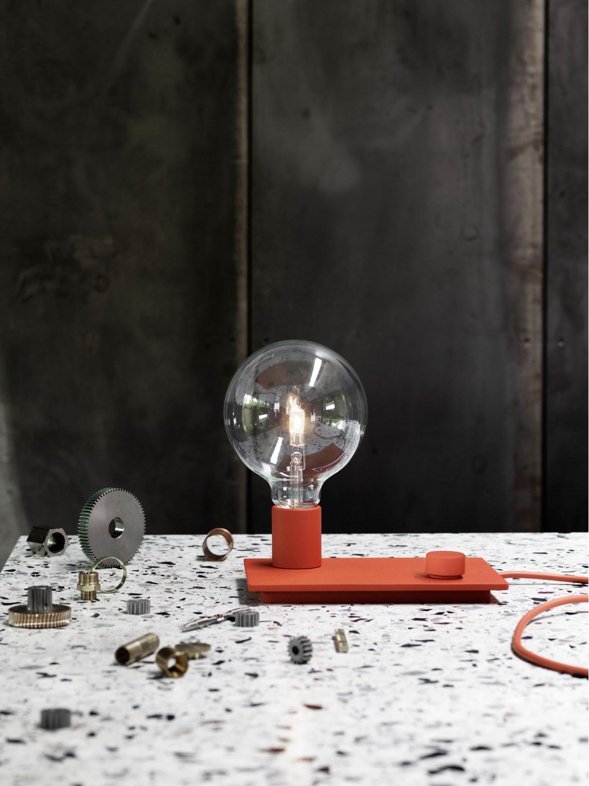 DesignOrt Blog: Trend: nackte Glühbirne Tischlampe Control von Muuto für Fans der Glühbirne