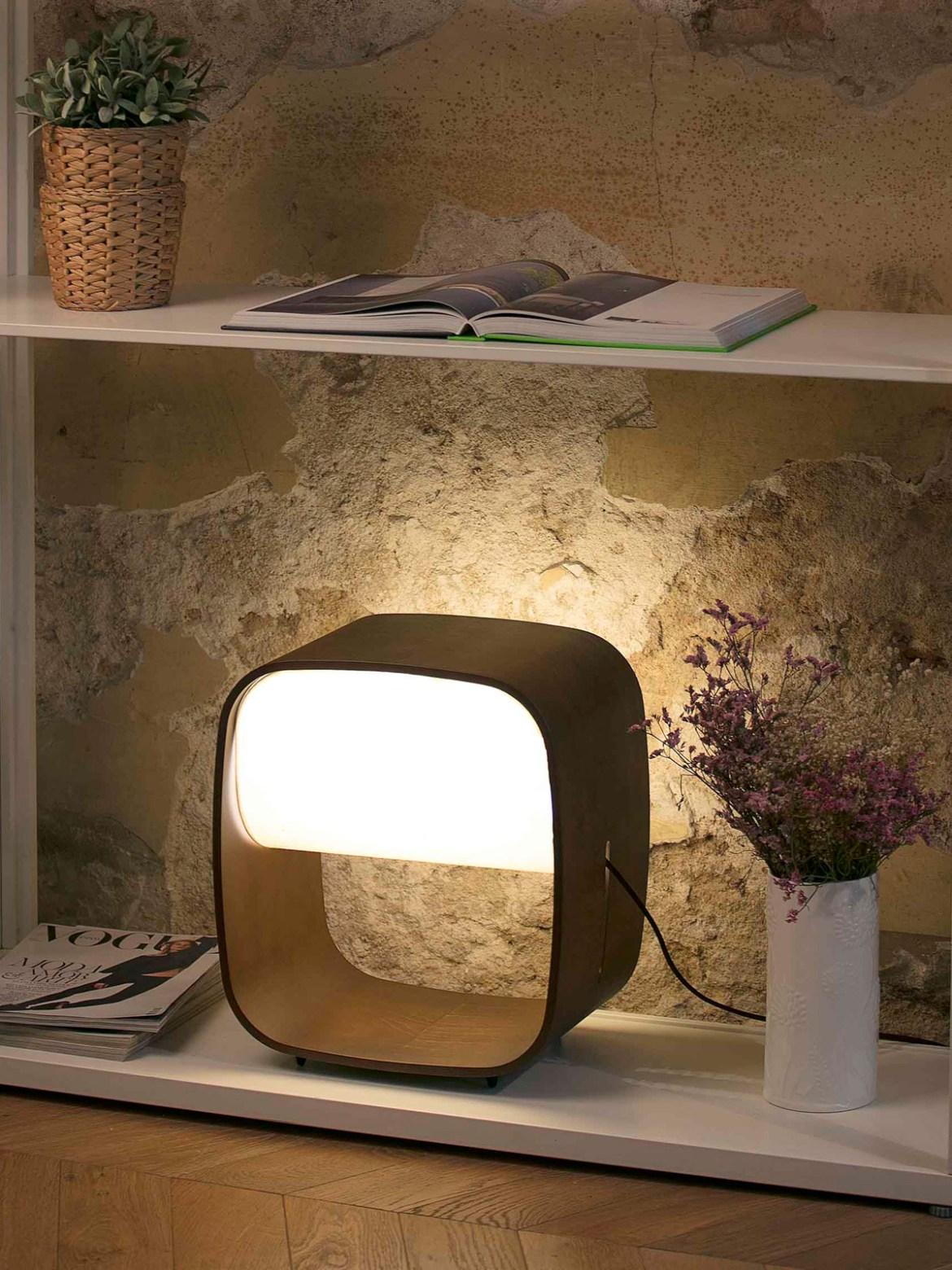 DesignOrt Blog: Retro Lampen 1968 LED Faro Barcelona